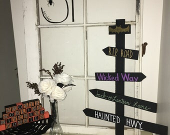 Haunted Halloween Wooden Road Sign Decoration