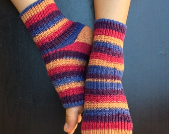 Hand Knit Pedicure Socks (Dilly Dally)