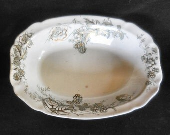 """Alfred Meakin Oval Serving Bowl Antique Transferware in the """"Bramble"""" pattern with gold trim England"""