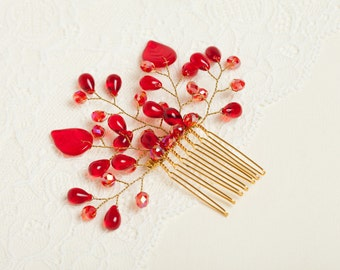 Red wedding hair comb Red headpiece Red bridal hair comb Red crystal hairpiece Red hair accessory Bridesmaid headpiece Valentines jewelry