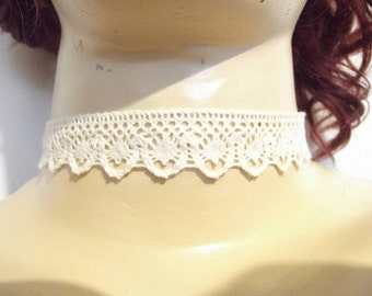 "Victorian steampunk gothic handmade ivory cream lace ornate choker 13-16"". FREE P&P UK Steampunk jewelry Gothic Jewelry Woman's jewelry"