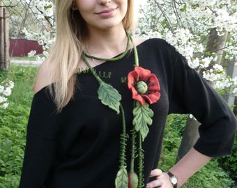 "Women fashion.Felted necklace ""Poppy"""