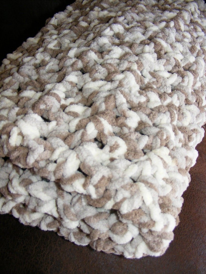 Crochet Baby Blanket Bernat Baby Blanket Yarn by In2Crochet