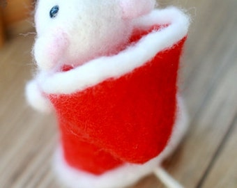 wool felt diy kit needle felt kit --- mice  style 97