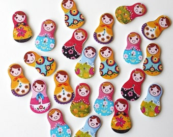 10 Russian doll buttons/ Matryoshka wooden embellishments/ Dolly Crafts/ wooden jewellery supplies