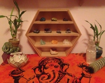 Zen get away crystal display/organizer