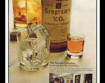 """Vintage Print Ad October 1968 : Seagram's V.O. Crown Whiskey Wall Art Decor 8.5"""" x 11"""" Advertisement"""