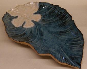 UniqueTropical Leaf serving platter/bowl