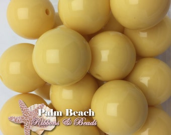 Ten (10) pc Chunky 20mm Bubblegum Acrylic Solid Beads CREAMY BUTTER YELLOW-10pcs