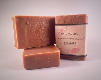 red moroccan clay & Geranium Natural soap