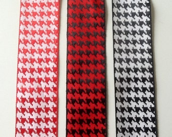 "Offray 1-1/2"" Hounds Tooth Ribbon"