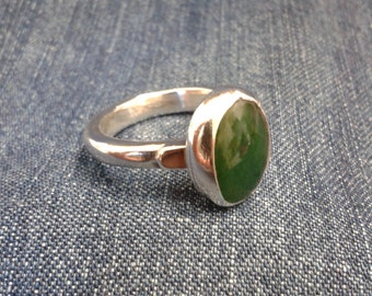 Vintage Sterling Silver and Green Agate Ring