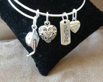 Expandable Handmade Silver Colored Bangle Charm Bracelet GRADUATION CAP