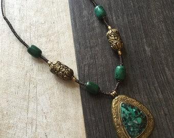 Big jade pendant necklace, Jade beaded necklace, big jade necklace, long stone neckalce, stone pendant necklace