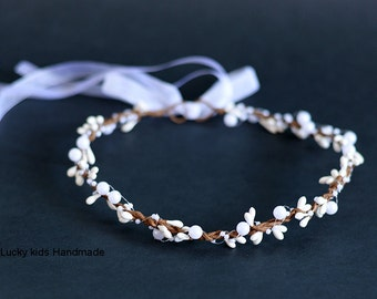 Wedding pearls and berries halo, Flower crown, Bridal Crown, Wedding Crown, Winter Crown, Pearl Berry Crown, Bridal Headpiece, White halo