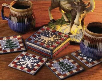Country Christmas Coaster Set Pattern in Plastic Canvas