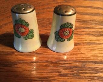 LUSTREWARE Mini Salt and Pepper Set    Japan made