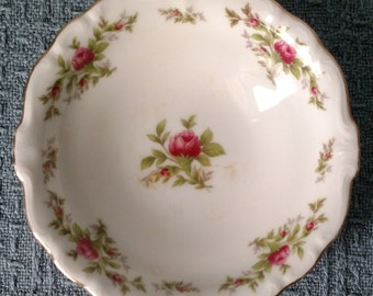 "FRUIT BOWL / Pin Dish / Dessert Bowl  ~  ""Moss Rose"" by Johann Haviland ~ 5"" diameter ~ Made in Bavaria, Germany"