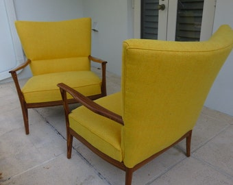 Pair Of sculpted Mid-Century Modern Lounge Chairs, In The Manner Of Paul McCobb For Directional.
