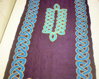 Wool Felt Rug, Celtic Knotwork design, 100% wool, Hand Crafted, 6ft by 3ft aubergine and blue