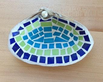 Mosaic shell jewelry dish