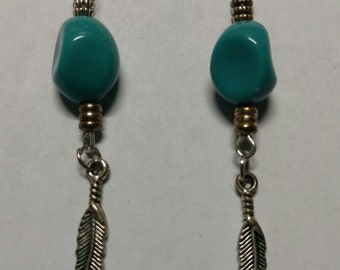 Blue stone earring with feather