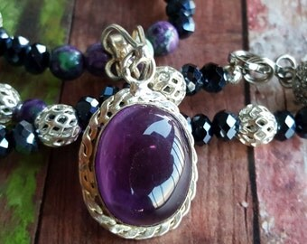 Amethyst Necklace. Amethyst Pendant. Beaded Necklace. Vintage Necklace. Statement Necklace. Purple Necklace. Black Friday Sale. Cyber Monday