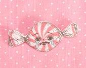 peppermint candy brooch (6.7 x 3cm)