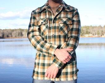 Woolrich Wool and Nylon Flannel Button Down Shirt Men's Medium