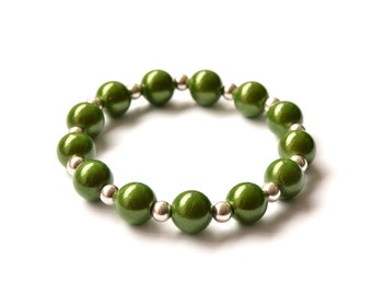 Green and silver tone beaded bracelet - Magic beads - Gift for girlfriend - Gift for girls - Gift for friends - Cute bracelets