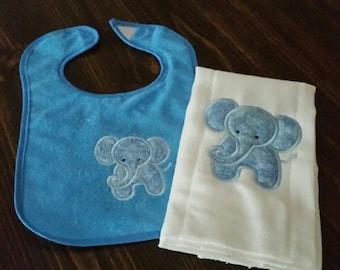 Appliqued bib/burp cloth set