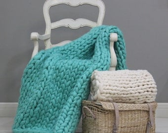 Chunky Knit throw Wool knit blanket Knitted blanket Chunky blanket Knit Throw Blanket super bulky blanket Gift for Her Mint Mother's
