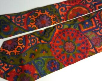 175.  Retro Necktie