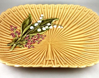 Villeroy Boch Majolica Lily of the Valley Yellow Platter