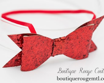 Red glitter, over-sized bow. Skinny elastic headband. Baby shower gift. Gifts for babies/toddlers. Photography prop. Valentines day. Red.