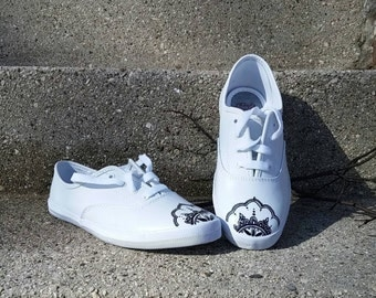 Spring Sneakers, Mondala Design, Henna Art, White Sneakers, Leather Shoes, New Shoes, Women's Size 7