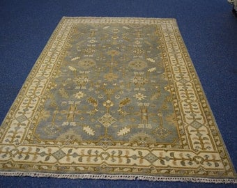 Nice Quality Hand knotted Oushak rug