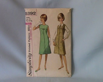 Vintage Simplicity One-Piece Dress or Jumper and Blouse Pattern 5392, Junior Size 11