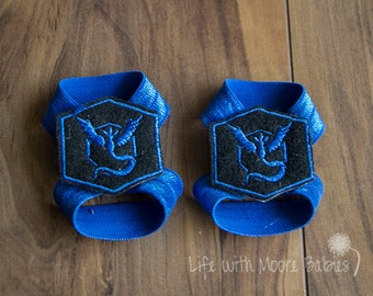Team Mystic Barefoot Baby Sandals, Interchangeable Baby Barefoot Sandals with Team Mystic Patches, Pokemon Go Blue Team Nerdy Baby Gift