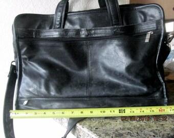 Vintage large leather briefcase black shoulder strap pockets laptop pads