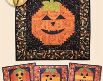Pumpkin Wallhangings, Pumpkin Quilt Pattern, Halloween quilt pattern, Fall Patterns- Eleanor Burns Quilt in a Day, Pumpkin Grins 28612