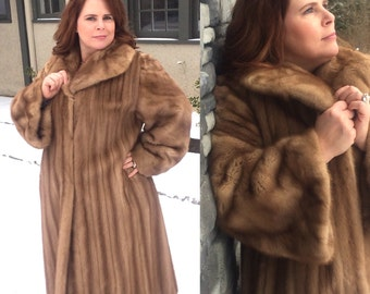 LUXURY Full Length Mink Coat by Flemington Furs. Size X-Large. 1950s Blonde Mink, Matching Fur Hat. US Shipping Included!