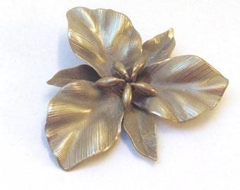 Vintage brooch~ flower~Wedding~Bride~Prom ANTIQUED SILVER metal signed brooch /pin