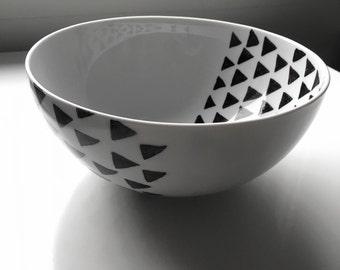 Black Triangle Inside Outside Bowl