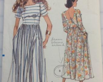 Very Easy Vogue 7497 Dress Pattern - 1989 - Uncut