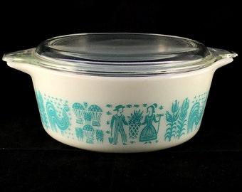 1960s Vintage Pyrex 472 Blue Butterprint Glass 1.5 Pint Casserole Dish with Lid