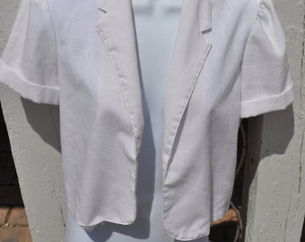 Clearance Item 40% off*******Vintage 1970s White Oops California Short Sleeved Summer Jacket