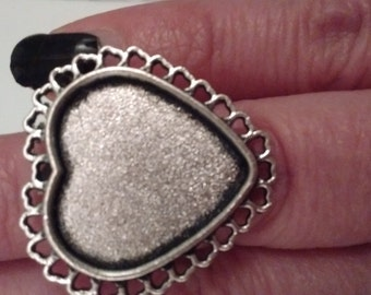 4 Heart Shape Adjustable Ring Blanks