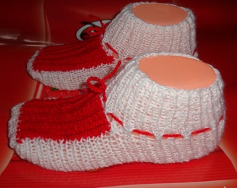 Girl's slippers, Аcrylik red and white colored slippers, as Martenitsa slippers