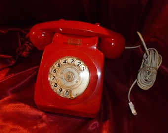 Vintage 1970s Red Rotary DIAL TELEPHONE Exchange BT Converted 746 SPK72/1 Retro